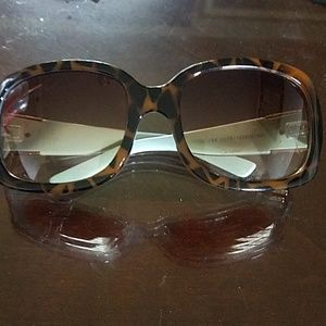leopard trending sunglasses